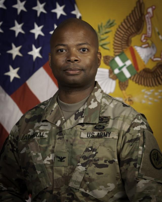 Portrait Kevin D. Admiral